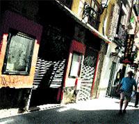 El cristal del espejo del callejón del gato. Madrid